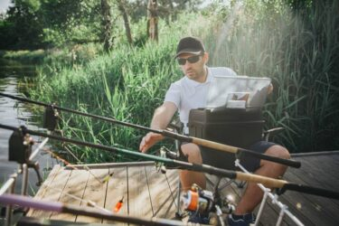 6 Best Rods for Texas Rig [Top Picks for 2021]